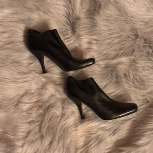 Nine West black leather booties ankle boots